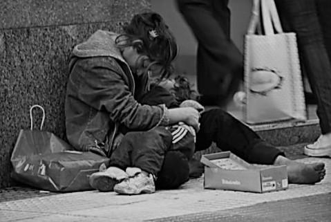 homelessmomandchild (2)